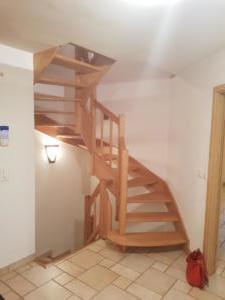 Escalier vers 1 er étage