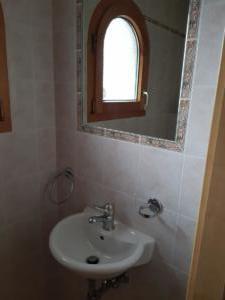 Toilettes visiteurs (2)