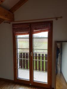 chambre enfants avec terrasse et vue sur campagne